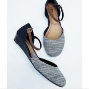 Seychelle's Begonia d'Orsay Ankle Strap Flats NWT